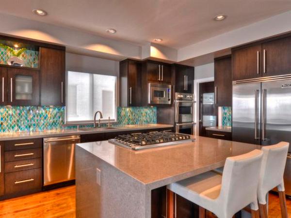 Marble Lowes Quartz Kitchen Countertops