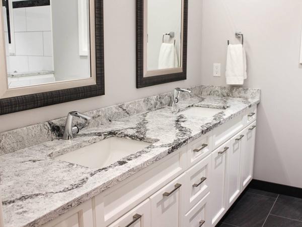 China Quartz Bathroom Vanity Tops Supplier 1