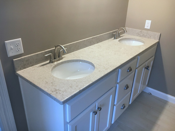 China Quartz Vanity Tops With Sink Supplier