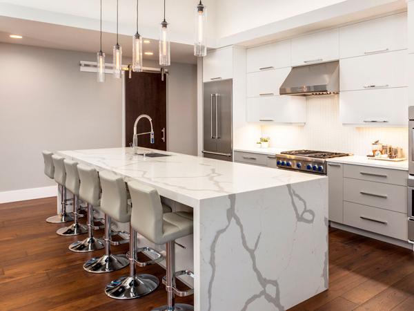 Veined Quartz Kitchen Countertops