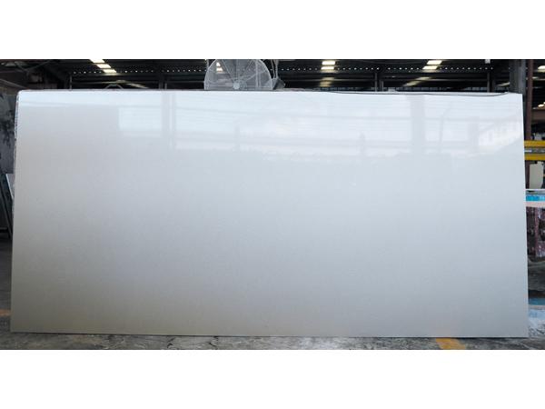 Pure White Quartz Slabs 1