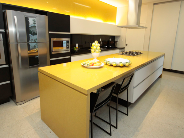 China Pure Yellow Quartz Countertops Suppliers And Manufacturers