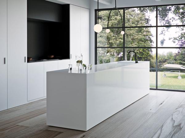 China Solid White Quartz Stone Slabs For Kitchen Countertops 1